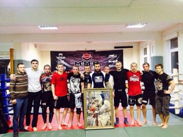 Воспитанники бойцовского клуба