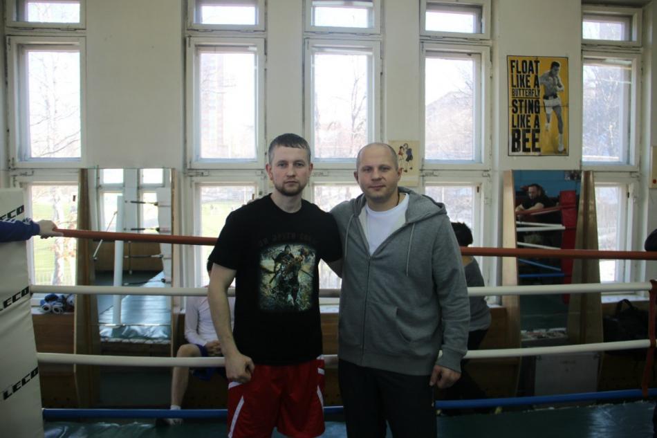 Носов Владимир Александрович - трехкратный Чемпион России по боксу, победитель первенства Европы, мастер спорта международного класса, тренер по боксу первой категории.